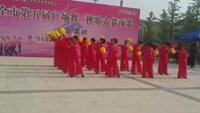 辣妈广场舞《东方红陪》经典正背面演示及口令分解动作教学