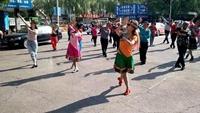 果果舞队晨练形体舞练习《晚秋》经典正背面演示及口令分解动作教学