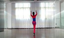 高安锦秀广场舞《何必当初》编舞肖锦秀 团队演示 附背面口令分解教学