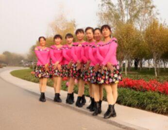 最新姐妹廣場舞《玫瑰花兒開》附正背表演口令分解動作分解教學