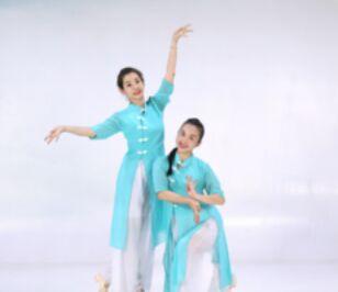 糖豆廣場舞課堂《太湖美》正反面演示及分解動作教學