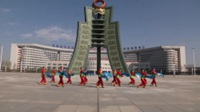 湖北大冶三人行舞蹈队广场舞 映山红 表演 团队版
