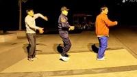 舞動健身舞隊男帥哥學跳16步《愛情輸不起》編舞:附正背面口令分解教學演示