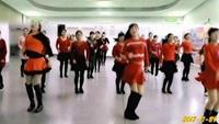 開心果(琴兒)廣場舞《兔子舞》團隊版編舞:楊麗萍完整版演示及口令分解動作教學