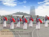 陕西西安亲青广场舞 映山红 表演【红歌】