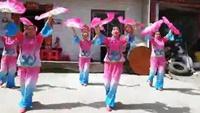 放生乡社区文艺队山里人乐的好潇洒,杨丽萍老师编舞正背面演示及口令分解动作教学