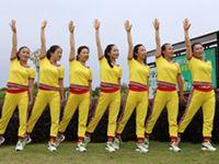 杨丽萍原创广场舞《第二套丽萍美体健身操第一节》正背面演示及慢速口令教学