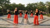 焦作红歌姐妹舞蹈《心里藏着你》完整版演示及口令分解动作教学