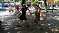 景德鎮廣場舞《今生相愛》—馬王爺水兵舞二套完整版演示及口令分解動作教學