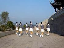 俏木蘭廣場舞《藍色大樹》原創舞蹈 團隊正背面演示