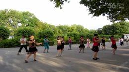 潮州火車站廣場舞《借點情借點愛》原創舞蹈 團隊演示