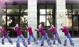 临安飞翔广场舞《妹妹比花俏》编舞:王梅