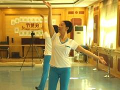 糖豆廣場舞課堂《唱紅塵》附背面演示和萱萱慢速口令分解教學