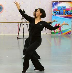 糖豆广场舞课堂《舞娘》编舞格格 附正背面口令分解教学演示