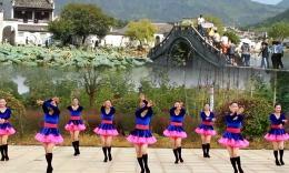 江西鄱阳春英舞蹈《心里藏着你》(正面)